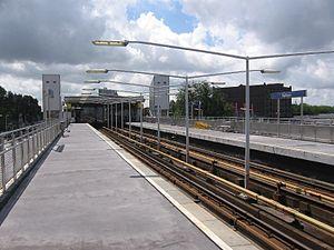 Rijnhaven metro station