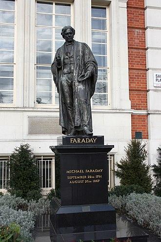 John Henry Foley - Image: Michael Faraday statue AB