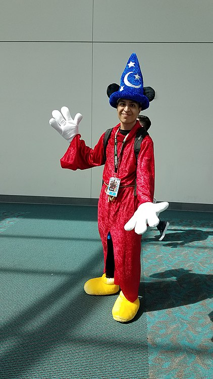 Mickey Mouse cosplay.jpg