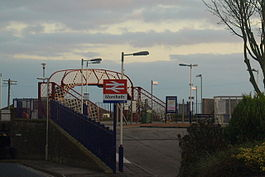 Monifieth railway station in 2008.jpg