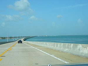 Overseas Highway - Overseas Highway traversing the Seven Mile Bridge