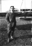 Mourmelon, 7 novembre 09, M. (Edouard) Nieuport (aviateur) - (photographie de presse) - (Agence Rol).png