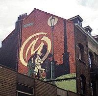 Mur Blake et Mortimer rue du Houblon, Bruxelles.jpg
