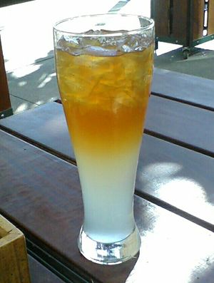 Arnold Palmer (drink) - Image: My new obsession the arnold palmer!!! (5184944881)