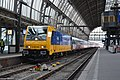 NSI 186 002+Prio-stam, Amsterdam Centraal.jpg