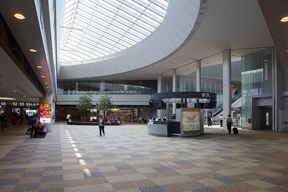 Narita International Airport T1 Restrict area void view 2015