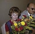 Nederlandse artiesten naar Nederlands Nieuw-Guinea Willeke Alberti en Jan Prui…, Bestanddeelnr 254-7258.jpg