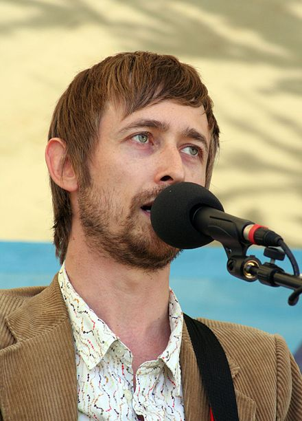 Neil Hannon, winner with The Divine Comedy in 2006 and nominee with The Duckworth Lewis Method in 2009 Neil Hannon.jpg