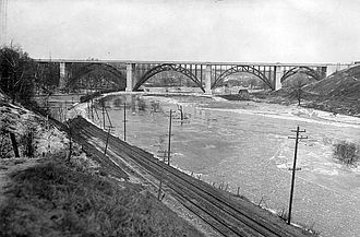 Don River (Ontario) - Don River and Prince Edward Viaduct, 1918