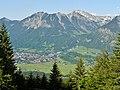 Oberstdorf, im Hintergrund Nebelhorn - panoramio.jpg