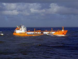 Ocean Primus p3 leaving Port of Rotterdam, Holland 21-Jan-2007.jpg