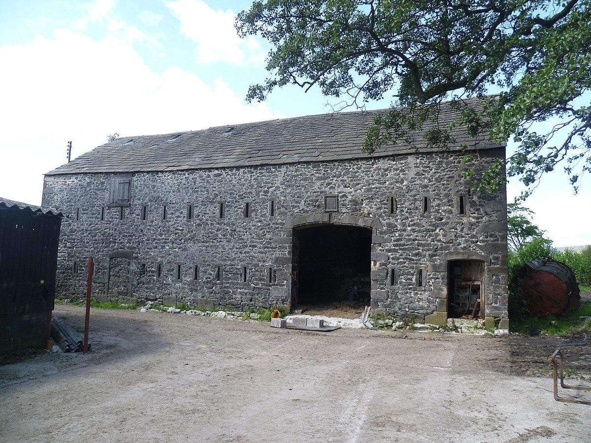 Old Barn (1729) at Fair Oak Farm (geograph 2519506).jpg