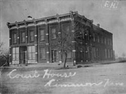 Old Gray County Courthouse Cimarron Kansas 1905-1909.jpg