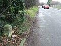 Old Milepost - geograph.org.uk - 1168605.jpg