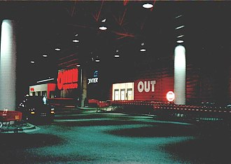 Dominick's - Omni Superstore, Schererville, IN, 1991: canopy for loading groceries