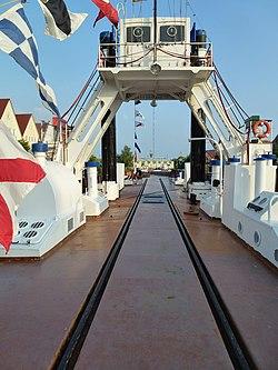 Onboardansicht Eisenbahnfaehrschiff Stralsund.JPG