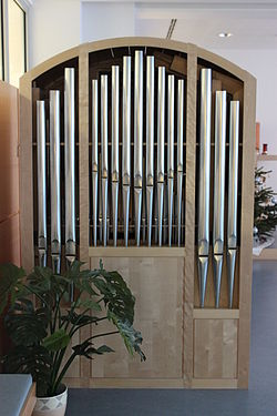 Orgel Haus der Barmherzigkeit Seeböckgasse.JPG