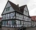 """Ortstypischer """"Dreiseithof"""" Strauß - Fachwerkwohnhaus von 1806 - Meinhard-Grebendorf Sandstraße 23 - panoramio.jpg"""