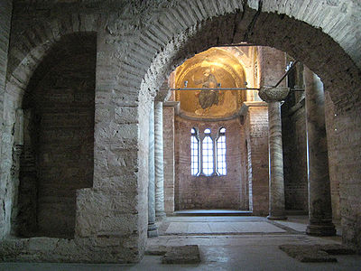 Pammakaristos Church interior01.jpg