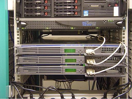 Paris servers DSC00190