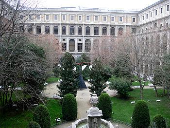 Patio del Museo Nacional Centro de Arte Reina Sof%C3%ADa 2008