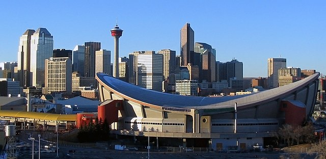 Pengrowth Saddledome by day By Gorgo (Photo taken by author) [Public domain], via Wikimedia Commons