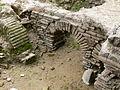 Perge - Caldarium 1 Hypokaustengewölbe.jpg
