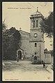 Peyrus (Drôme) - La place et l'église (33727256794).jpg