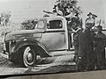 PikiWiki Israel 51438 a pickup truck before they leave for the last batt.jpg