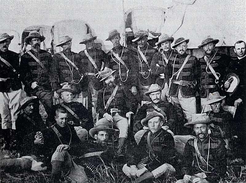 Pioneer-corps-officers