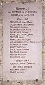Plaque Monument aux morts - église de Pérouges.JPG