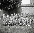 Podgorski otroci (prvi in drugi razred) z učiteljico Novak Marijo v Drči 1952.jpg