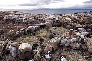 Qarmaq - Thule qarmaq relics in Ukkusiksalik National Park.