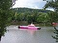Růžový tank a Petřín.jpg