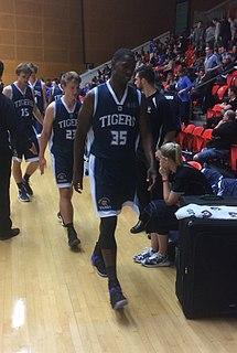 Ray Turner (basketball) American basketball player