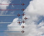 Red Arrows - formation 3 (3735012513).jpg