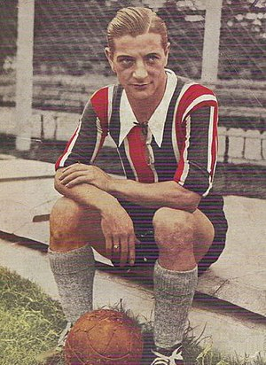 Renato Cesarini - Cesarini during his run on Chacarita Juniors, in 1936.