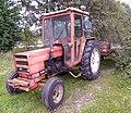 Renault Tractor (2).jpg