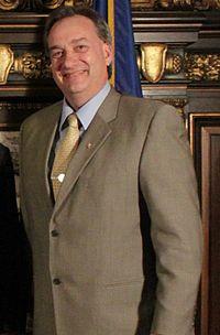 Rick Hansen 2012.jpg