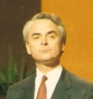 Leader of the Liberal Democrats - Image: Robert Mac Lennan 1987 cropped