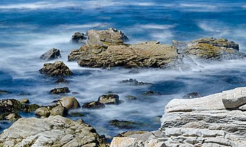 Rocks at 17-Mile Drive 2013 02.jpg