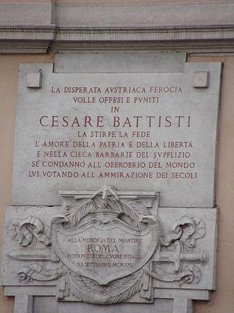 Cesare Battisti (politician) - Battisti is remembered at Via Cesare Battisti near Piazza Venezia in Rome