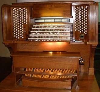 Royce Hall - The console of the Royce Hall pipe organ