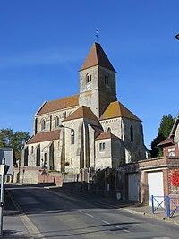 Roye-sur-Matz - Église Saint-Martin 1.jpg