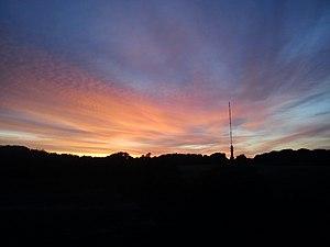 Skåde - Image: Søsterhøj ved solnedgang