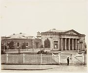 SLNSW 479525 22 Court House Darlinghurst front view SH 571