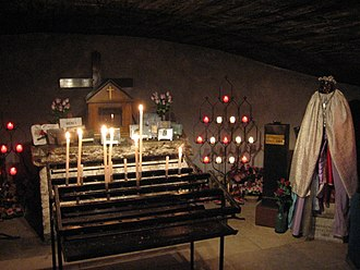 Romani society and culture - The cult of Saint Sarah in the shrine of Saintes-Maries-de-la-Mer, Southern France is a devotion associated with Catholic Romanies.