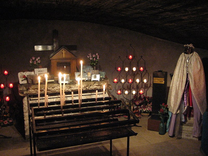 Interior de Saintes Maries de la Mer