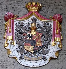 http://upload.wikimedia.org/wikipedia/commons/thumb/0/04/Schloss_Sigmaringen_Wappen.jpg/229px-Schloss_Sigmaringen_Wappen.jpg