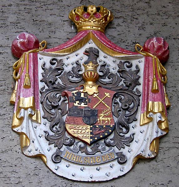 File:Schloss Sigmaringen Wappen.jpg